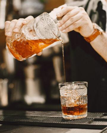 Bar crawl (cocktails)